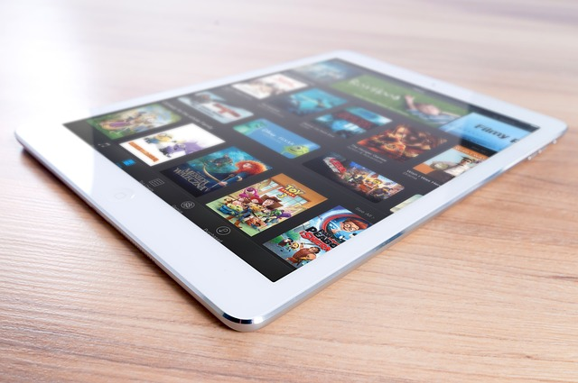 přehrávání na iPadu