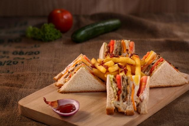 nezdravé jídlo, sendviče